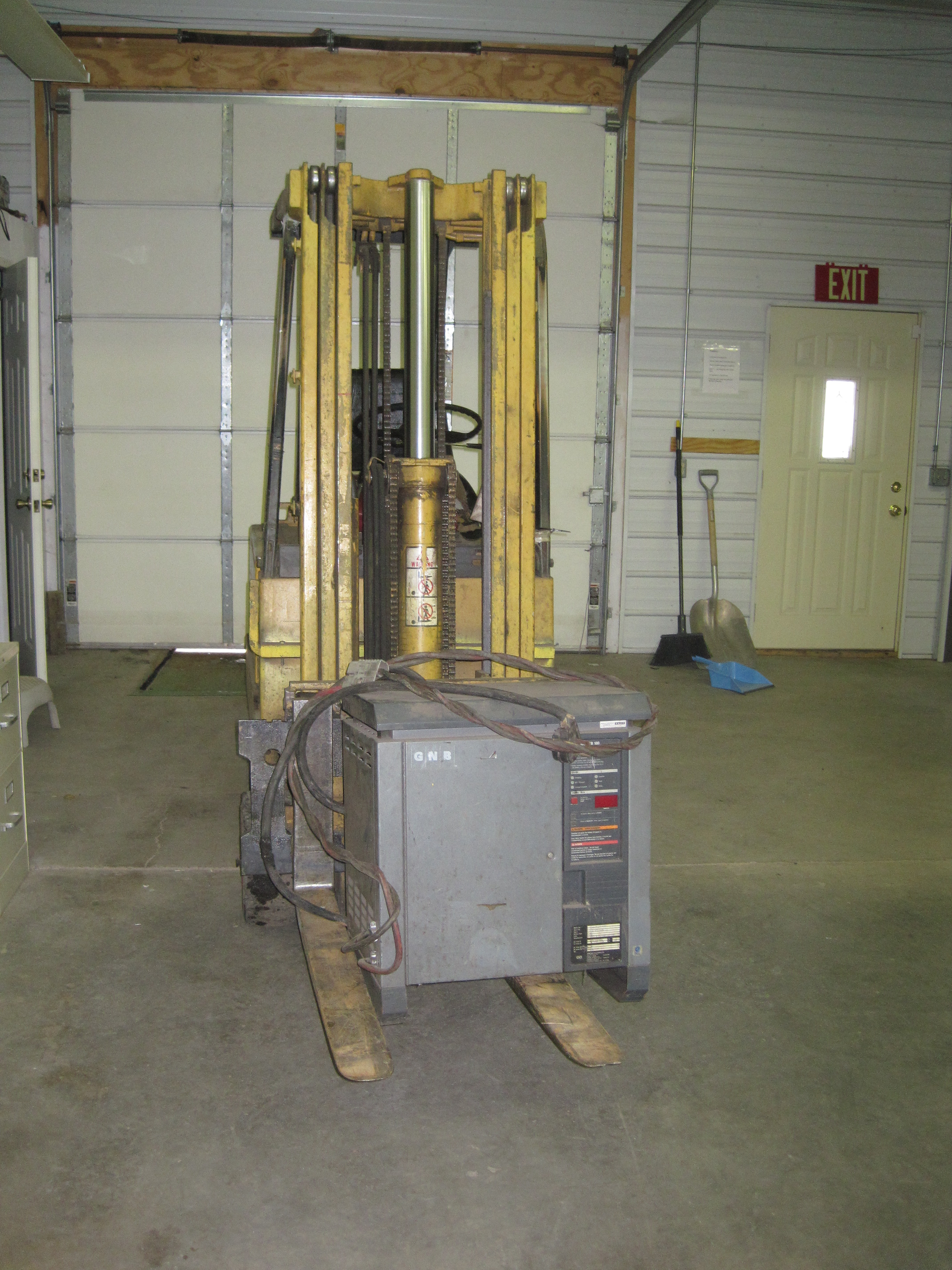 In March 2010, we are moving into a new building. For the first time, we will be on the ground floor of a building. So a forklift is in order.